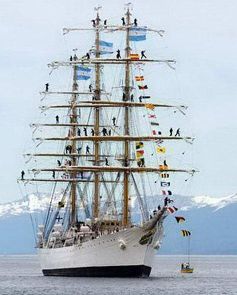 14-marineros-en-los-mastiles